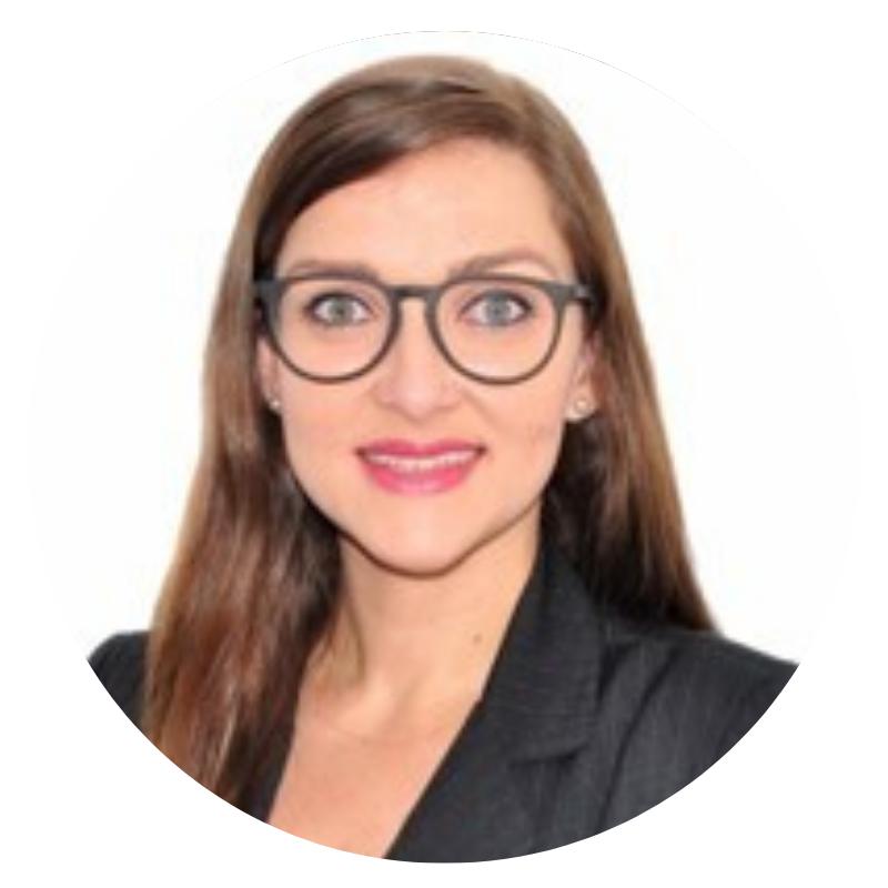 """Professora de Sistemas de Informação conta sua experiência sobre o tema """"mulheres na tecnologia""""."""